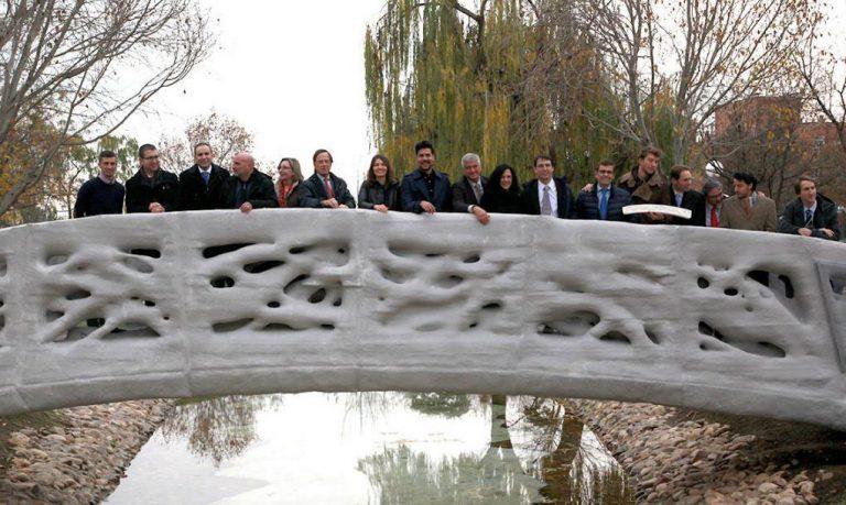 The world's first 3D printed pedestrian bridge built in Alcobendas, Spain.
